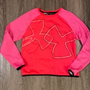 Girl's Under Armour cold gear top
